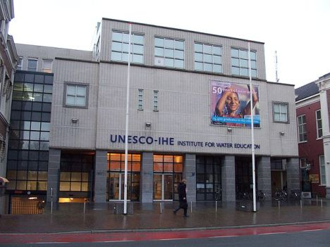 IHE - Holanda - Fonte: http://commons.wikimedia.org/wiki/File:Unesco-IHE.JPG